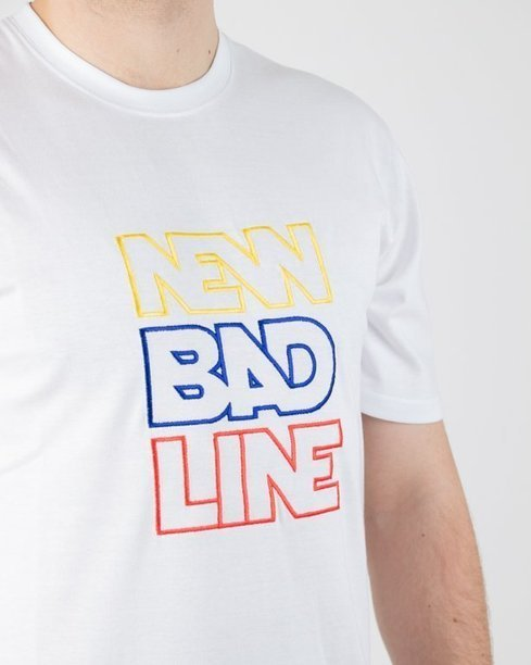 T-SHIRT OUTLINE WHITE